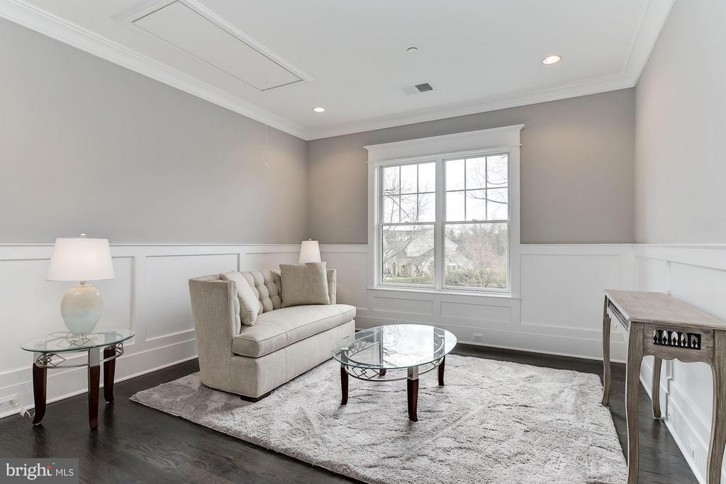 Bedroom Level Family Room - 11201 STEPHALEE LN, ROCKVILLE