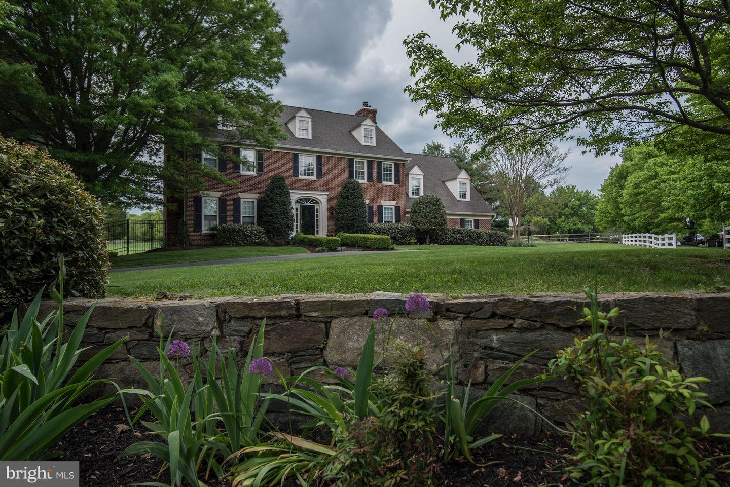 Single Family for Sale at 14500 High Meadow Way North Potomac, Maryland 20878 United States