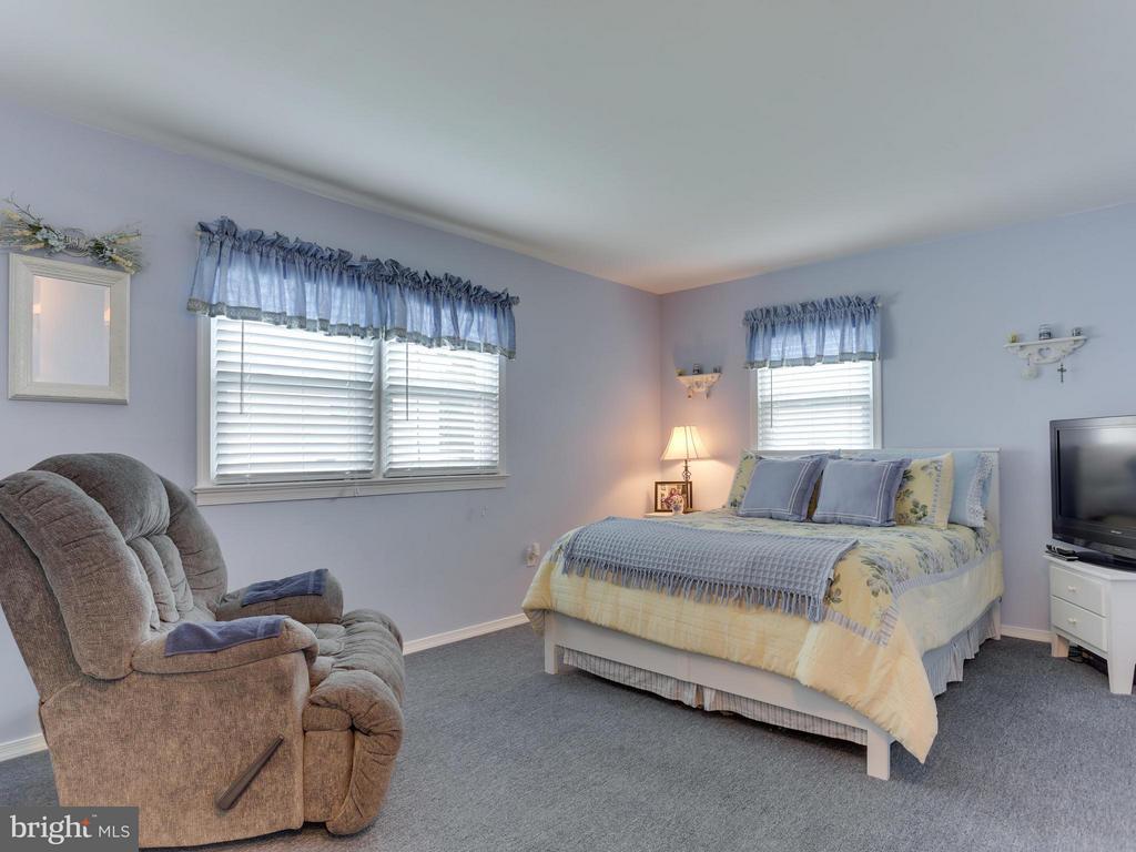 Bedroom (Master) - 5300 KENESAW ST, COLLEGE PARK