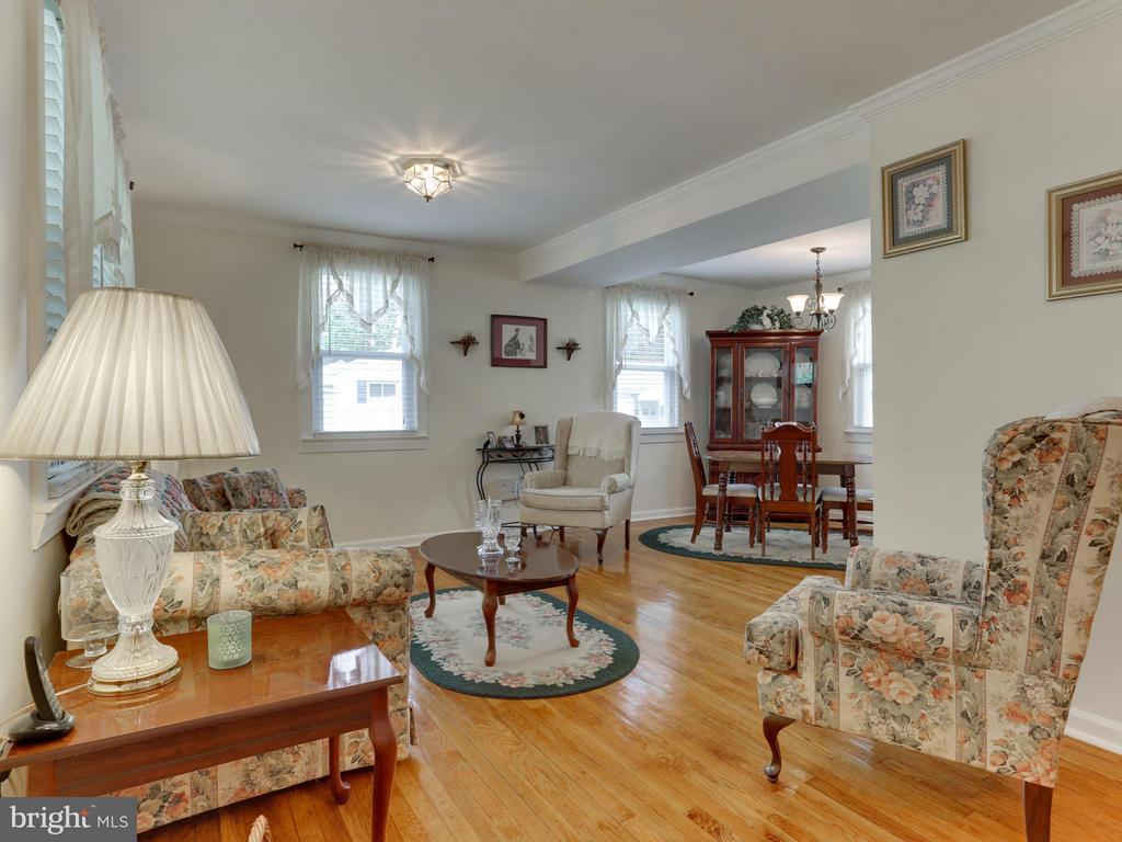 Hardwood Floors - 5300 KENESAW ST, COLLEGE PARK