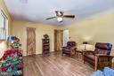 Family Room with original hardwood floors - 5524 SUMMIT ST, CENTREVILLE