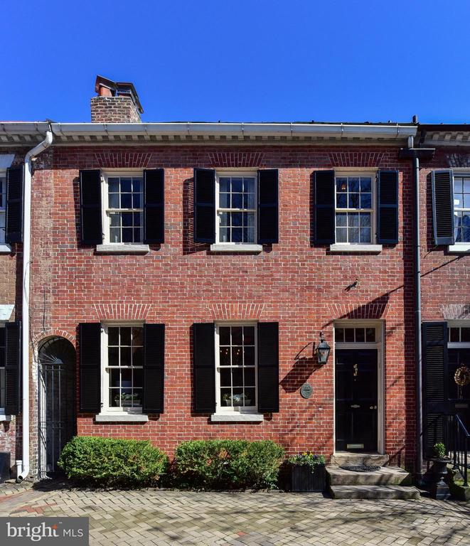 216  ROYAL STREET S, Alexandria, Virginia
