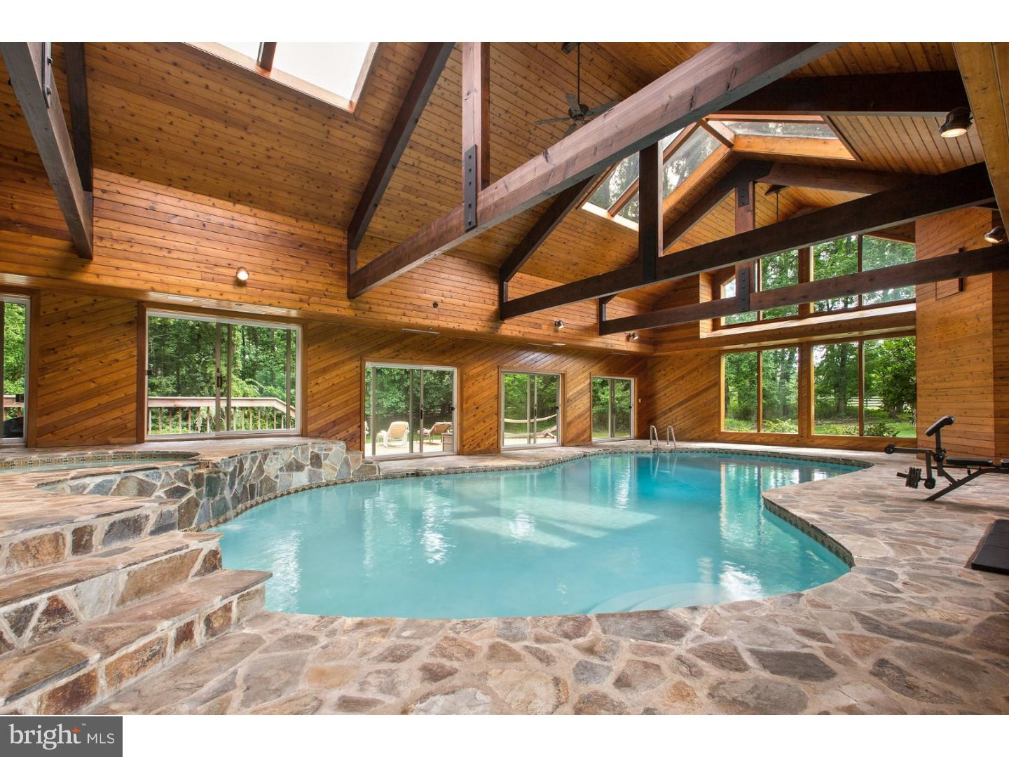 Photo of home for sale at 1000 Lantern Way, Sewell NJ