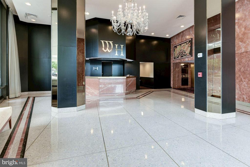 Lovely lobby with concierge - 1200 CRYSTAL DR #513, ARLINGTON