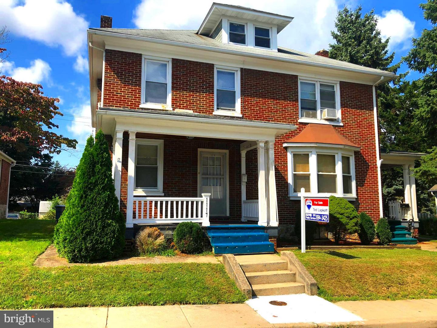 Single Family for Sale at 1117 Fry Ave Hagerstown, Maryland 21742 United States