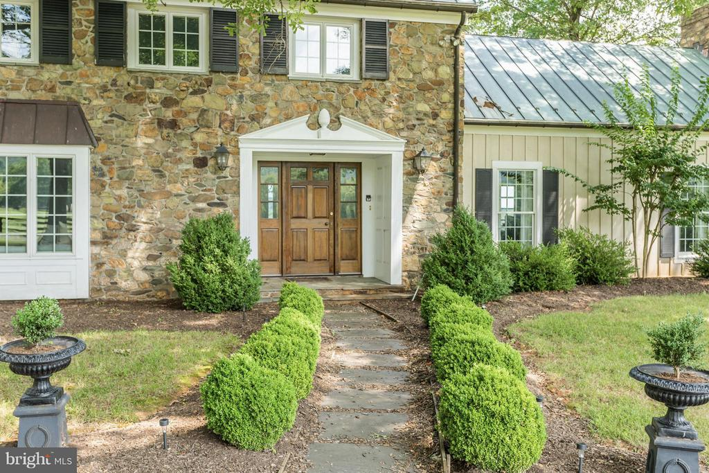 Exterior (Front) - 21167 TRAPPE RD, UPPERVILLE