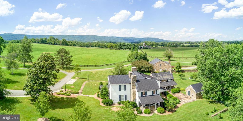 Endless views dominate on the Farm - 9092 JOHN MOSBY HWY, UPPERVILLE