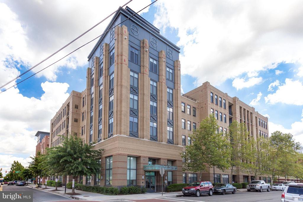 The Henry - 525 FAYETTE ST #507, ALEXANDRIA
