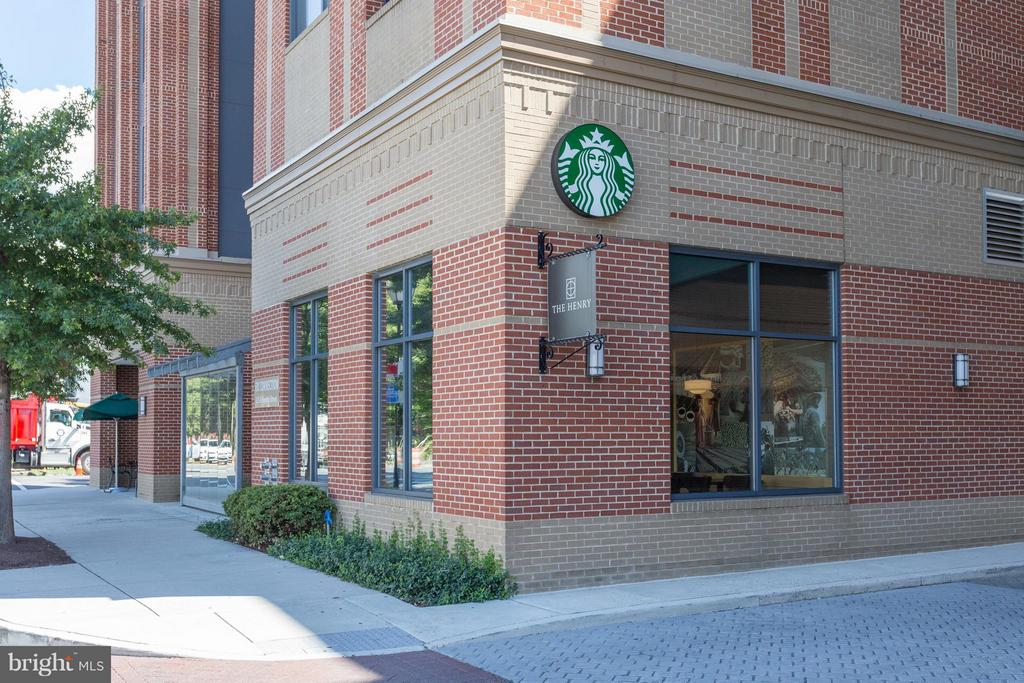 Starbucks on the block - 525 FAYETTE ST #507, ALEXANDRIA