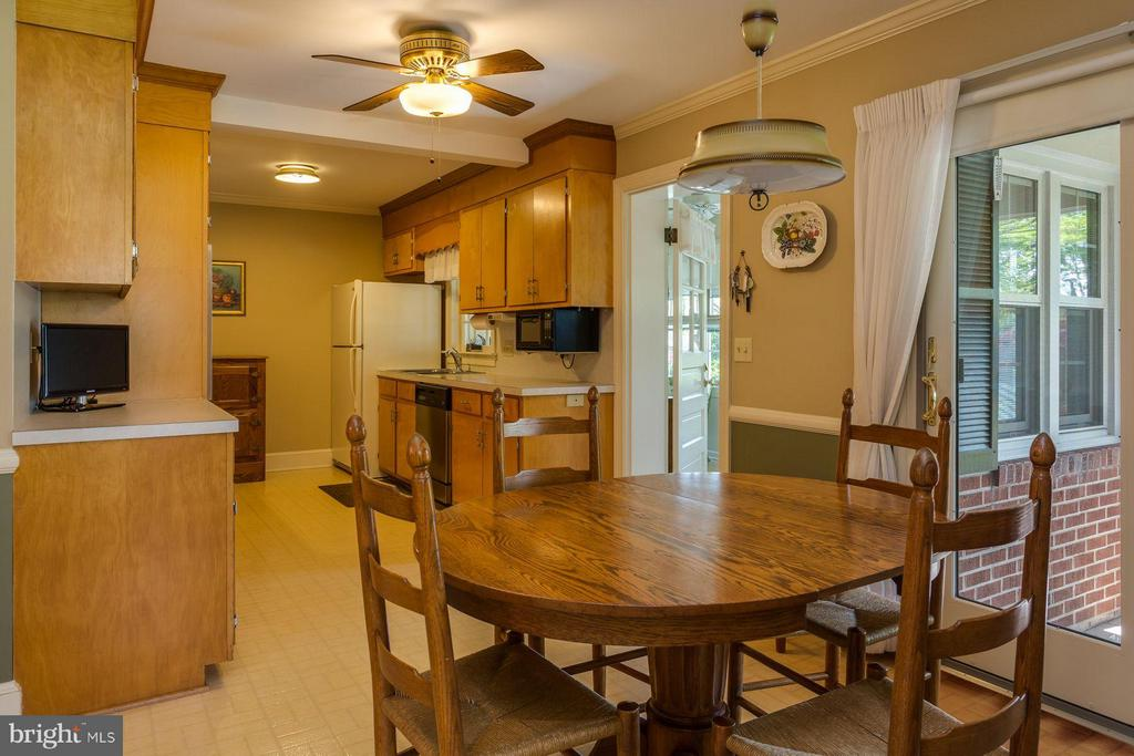 Kitchen - 13557 JAMES MADISON HWY, ORANGE