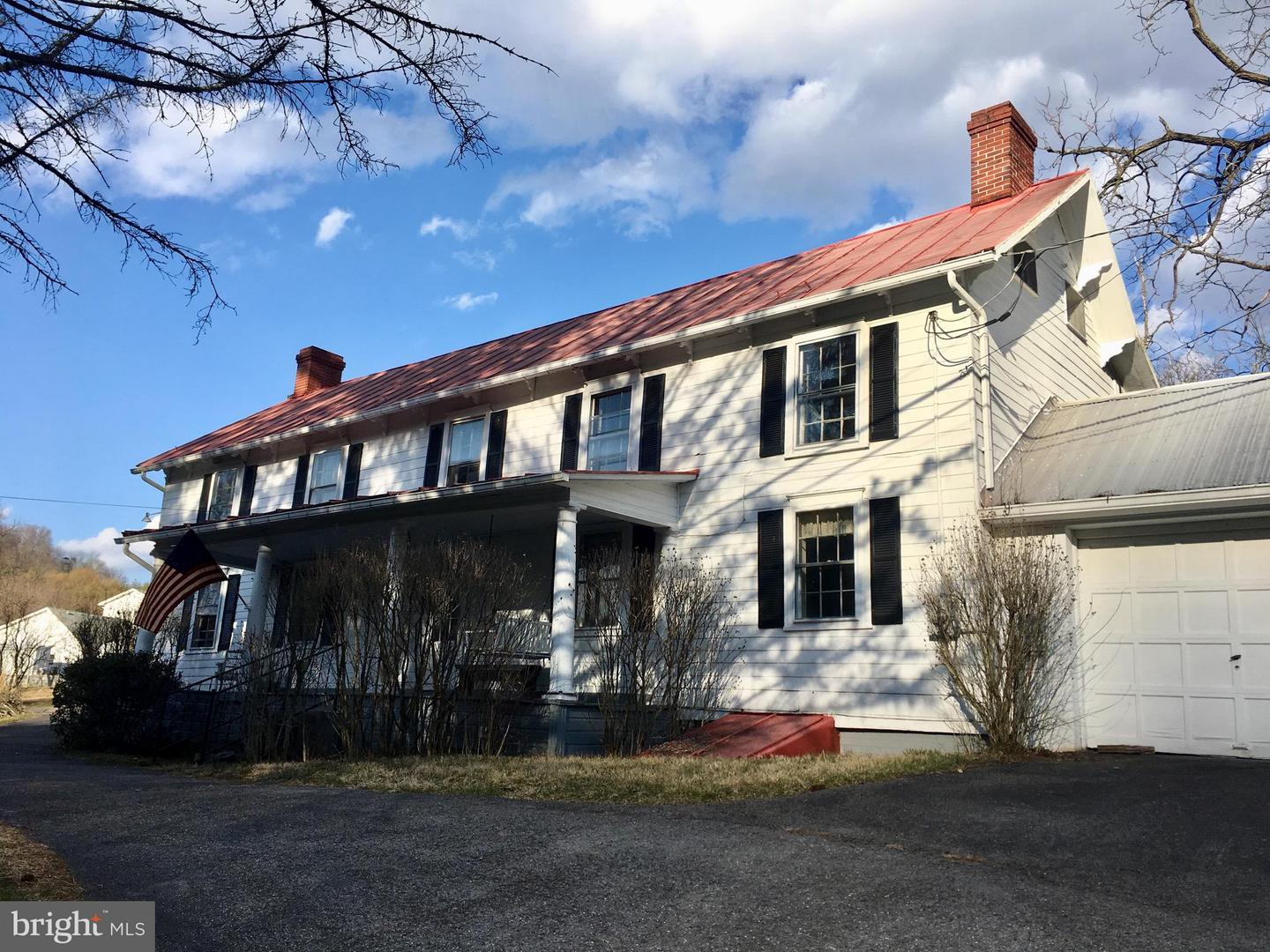 Single Family for Sale at 11200 Old Mount Pleasant Rd NE Cumberland, Maryland 21502 United States