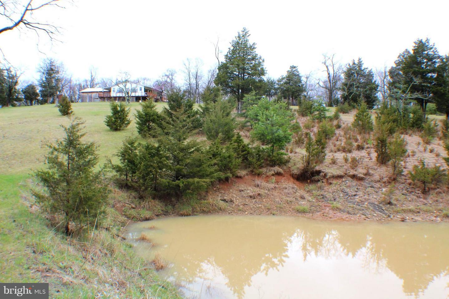 Single Family for Sale at 339 Kesner Ln Petersburg, West Virginia 26847 United States
