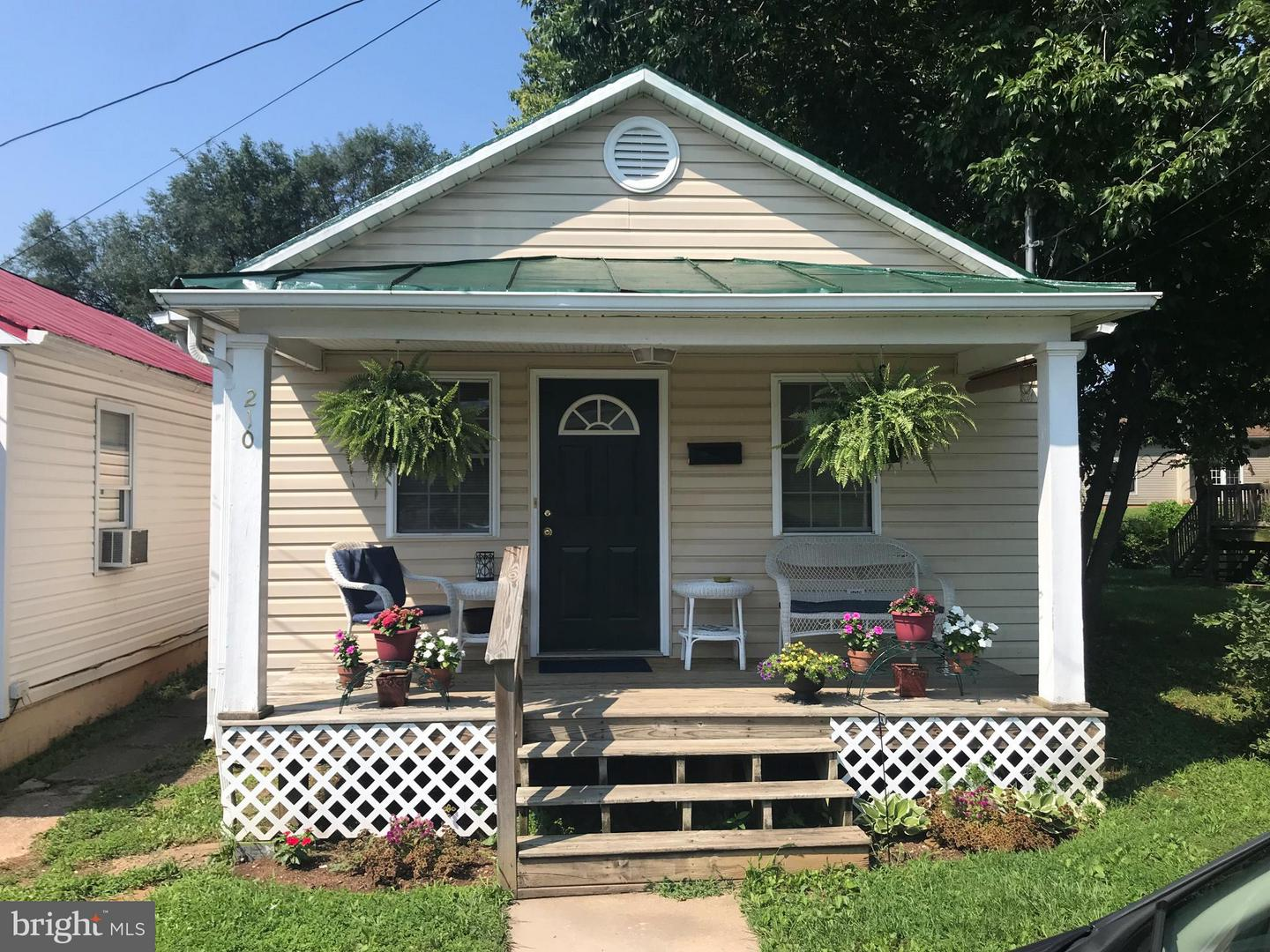 Single Family for Sale at 210 George St S Ranson, West Virginia 25438 United States