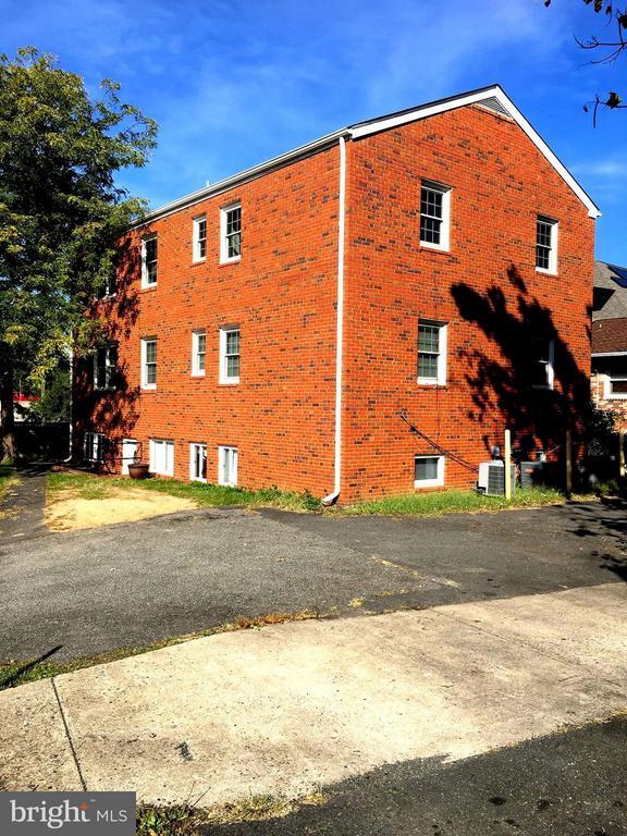 5814  ARLINGTON BOULEVARD, Arlington, Virginia