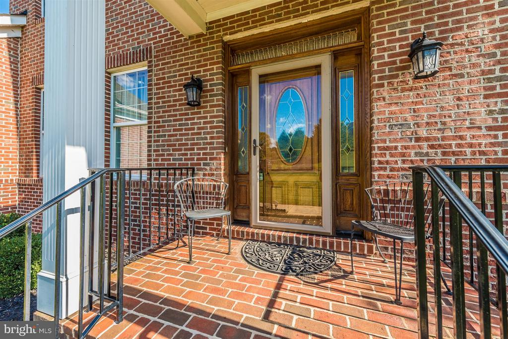 Covered Entry - 6103 RIVER VIEW CT, FREDERICK