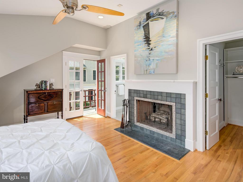Bedroom (Master) - 716 EDGEWOOD ST N, ARLINGTON