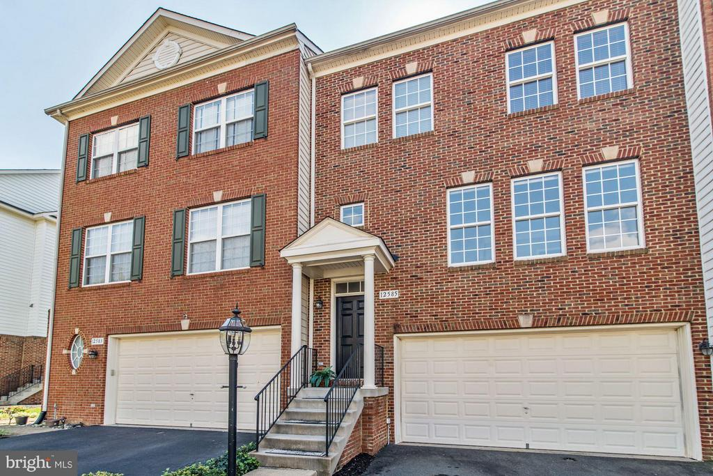 12585  ROYAL WOLF PLACE 22030 - One of Fairfax Homes for Sale