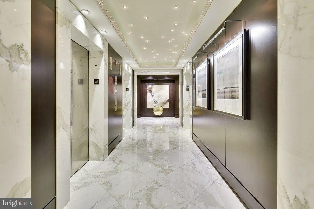 Elevator lobby - 1111 19TH ST N #1603, ARLINGTON