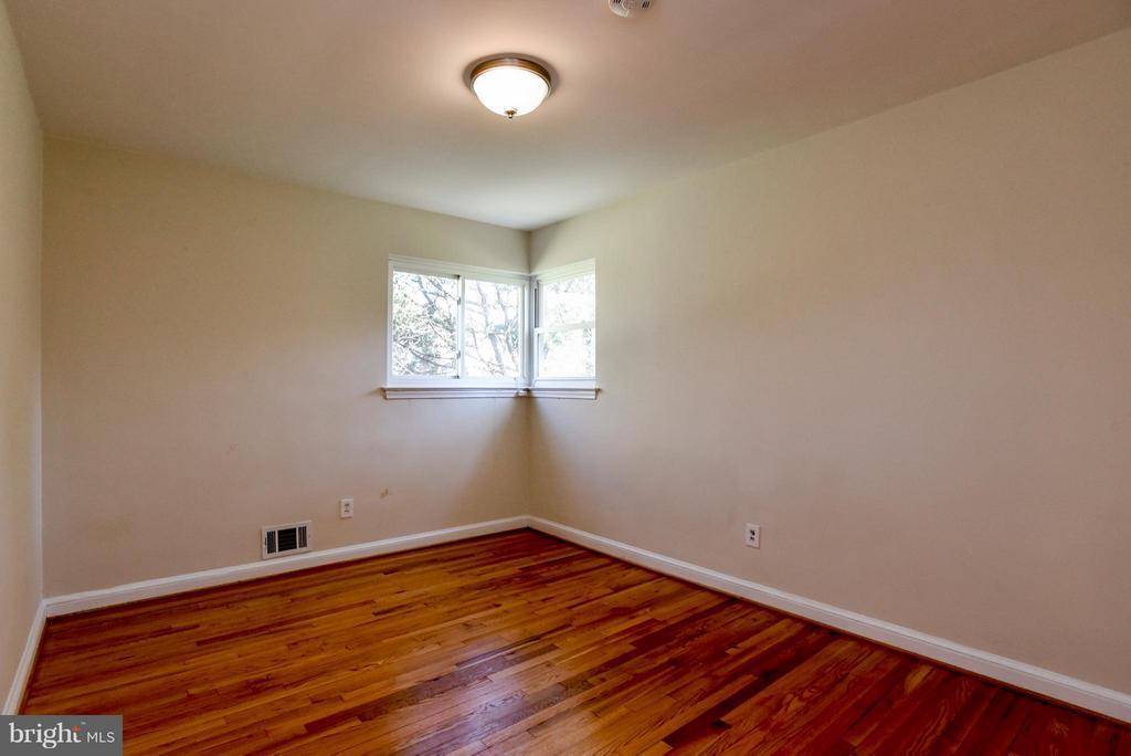 Bedroom 2 - 6703 41ST AVE, UNIVERSITY PARK
