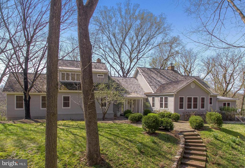 Welcome home to 23057 Kirk Branch Road - 23057 KIRK BRANCH RD, MIDDLEBURG