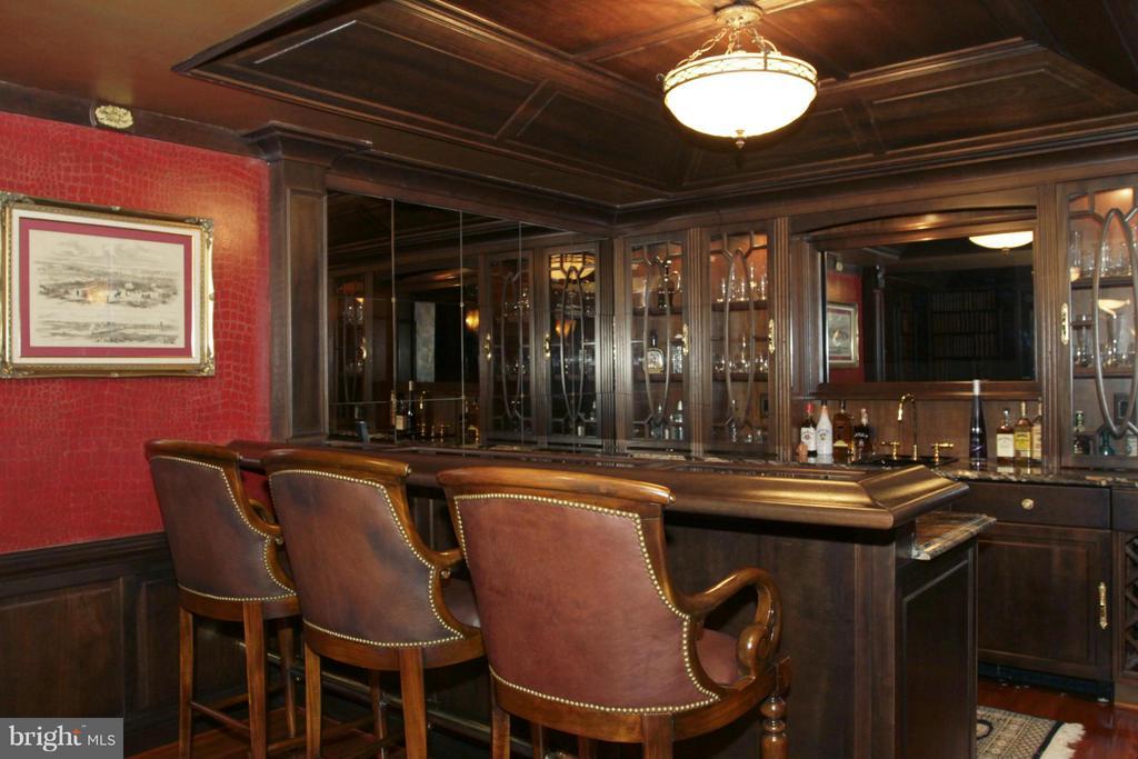 Bar - 550 MOUNT OLIVE RD, FREDERICKSBURG