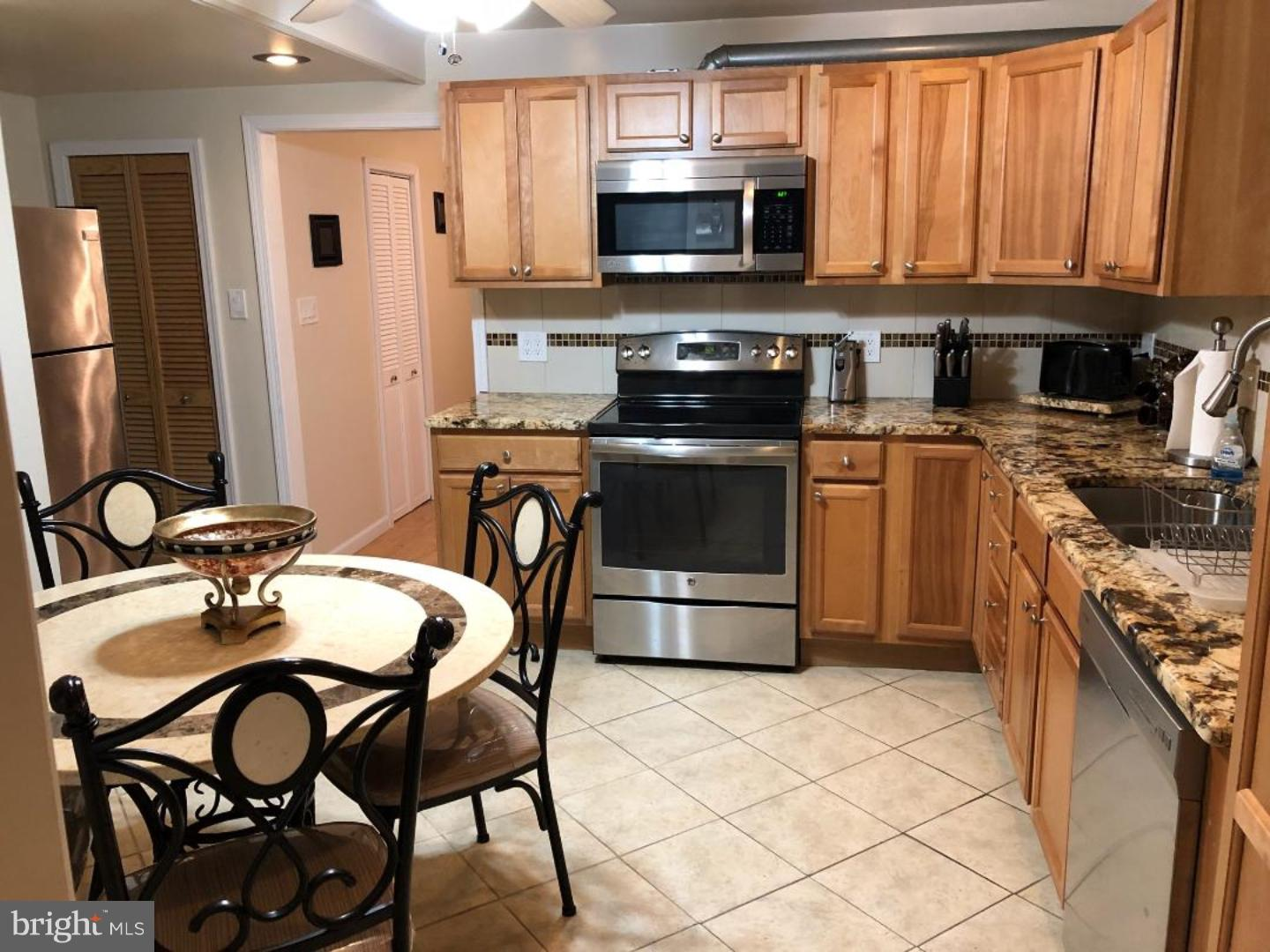 Additional photo for property listing at  Ventnor City, New Jersey 08406 Stati Uniti
