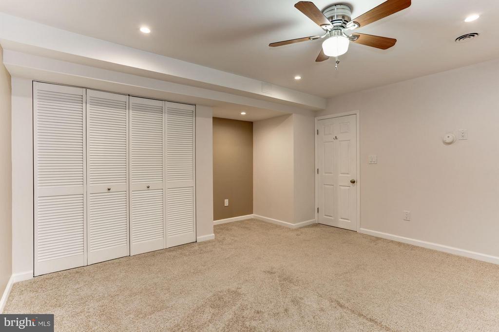 Bonus room #1 - 10511 MILLER RD, OAKTON