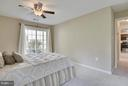 So much light in the Master! - 10208B ASHBROOKE CT #18, OAKTON