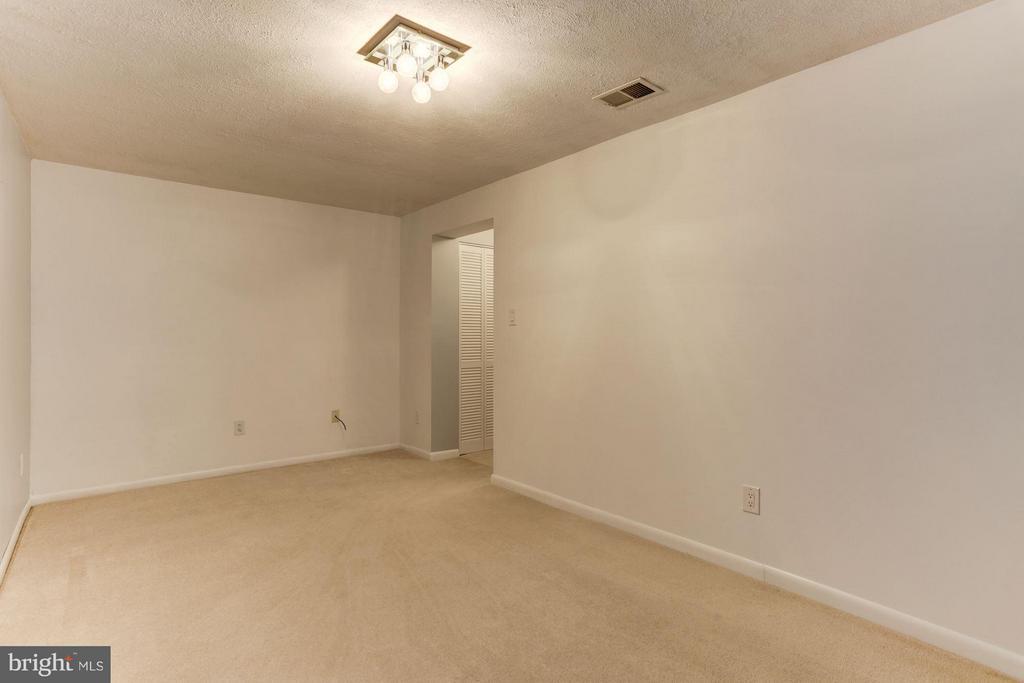 Bonus room #2 - 10511 MILLER RD, OAKTON