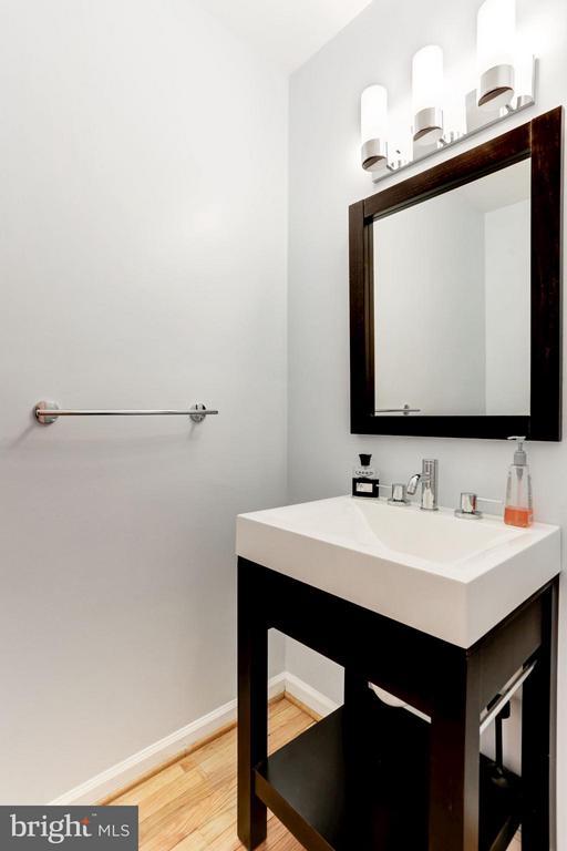 Half Bath - 10511 MILLER RD, OAKTON