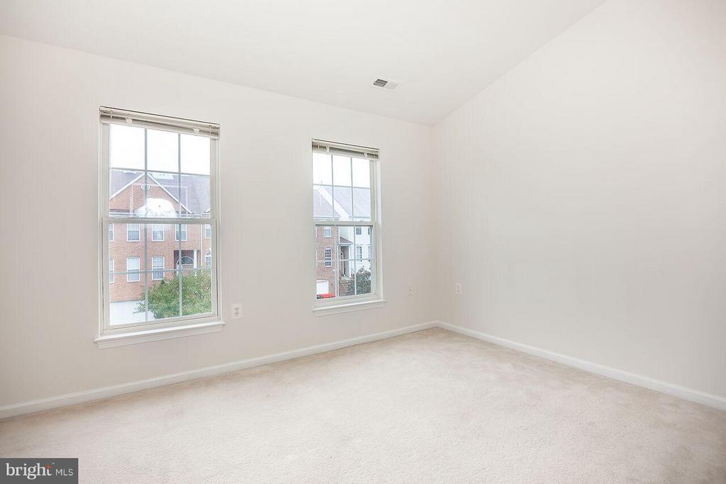Bedroom (Master) - 21164 MILLWOOD SQ, STERLING