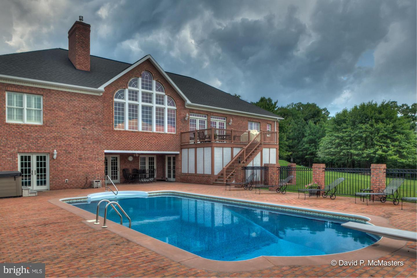 Photo of home for sale at 224 Onyx Drive, Hedgesville WV