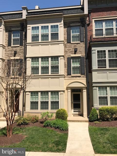 Other Residential for Rent at 605 Sprintsail Way #66 Oxon Hill, Maryland 20745 United States