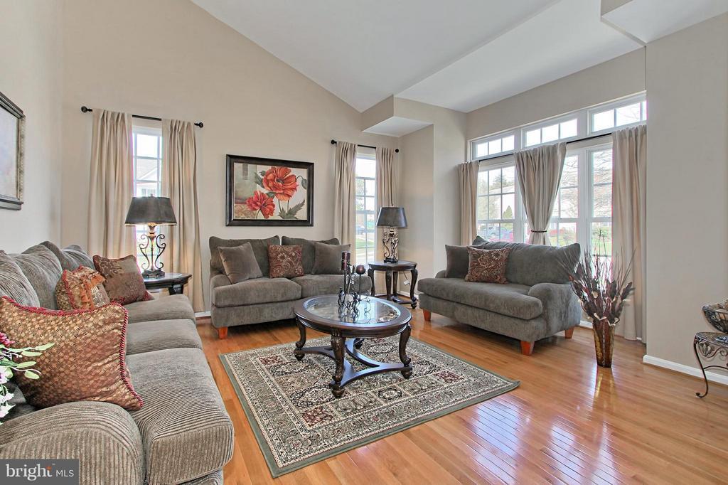 Living Room with New Hardwood Floors - 9381 WORTHINGTON DR, BRISTOW
