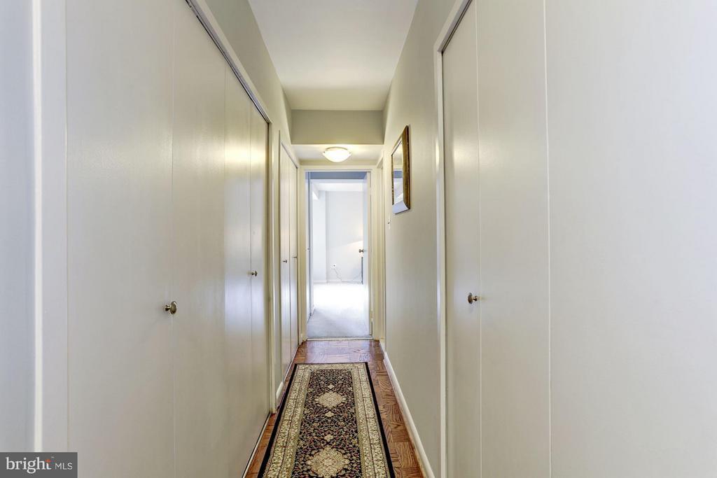 Hall - 4201 CATHEDRAL AVE NW #603E, WASHINGTON
