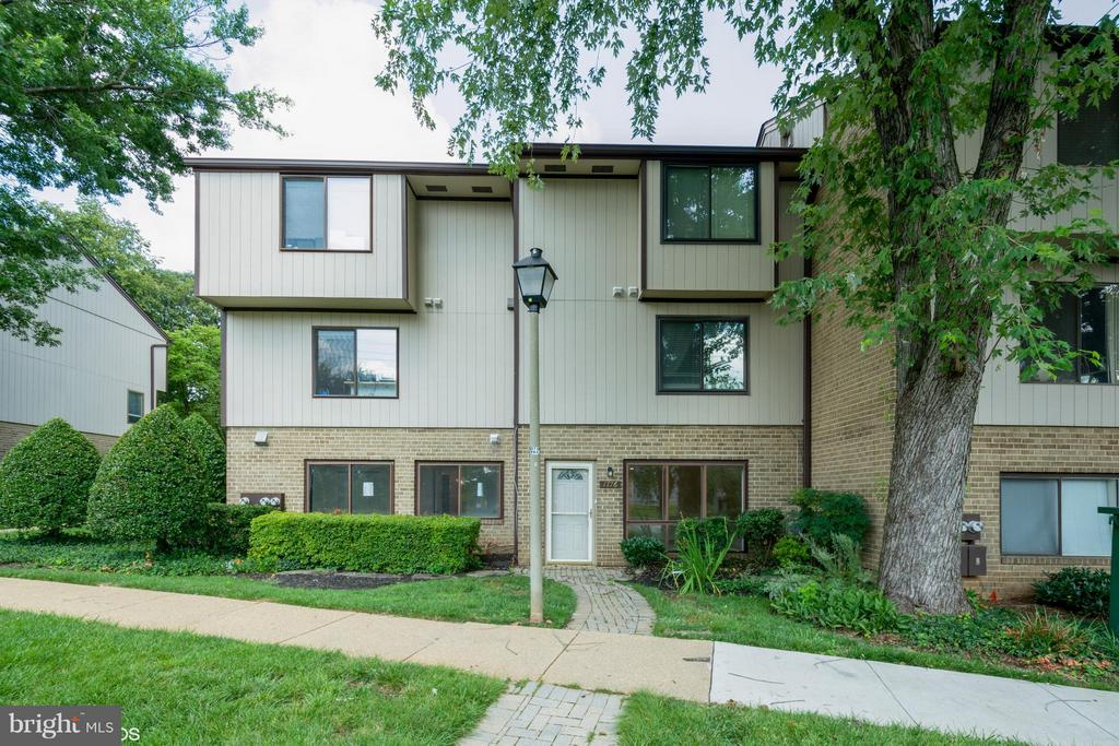 Exterior (Front) - 1776 WESTWIND WAY #96, MCLEAN