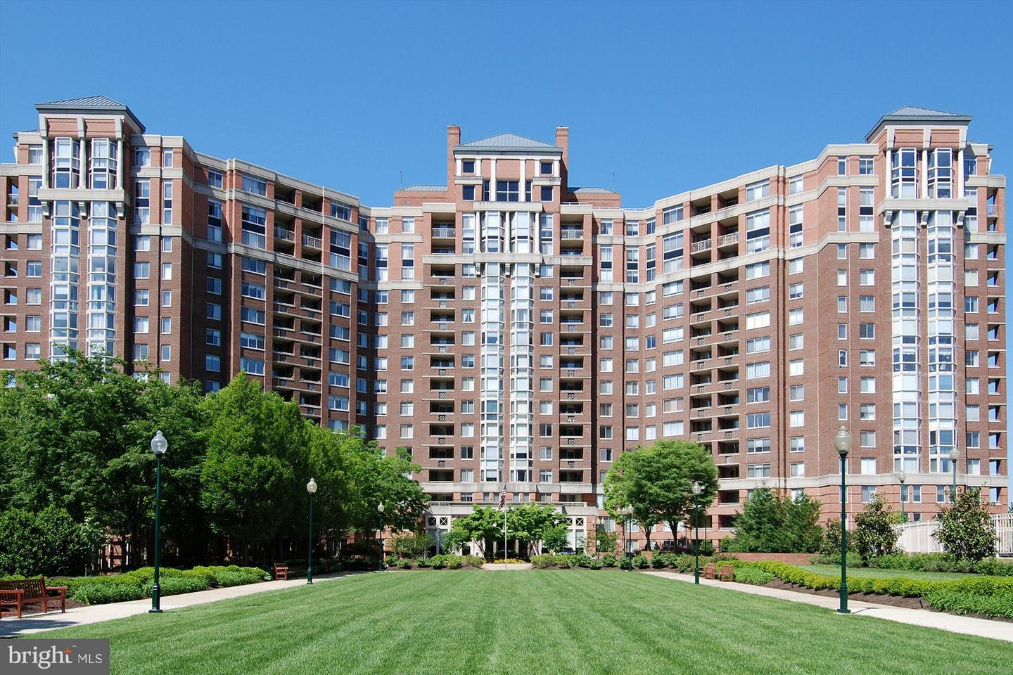 Other Residential for Rent at 5809 Nicholson Ln #1105 North Bethesda, Maryland 20852 United States