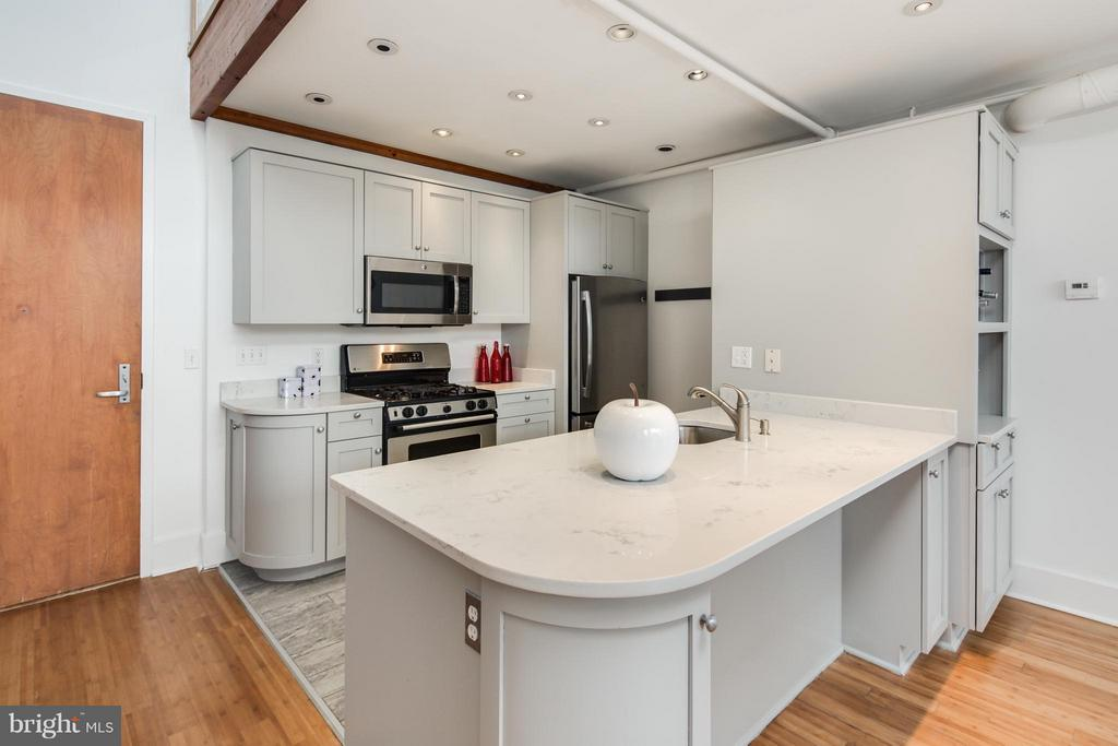 Kitchen - 2328 CHAMPLAIN ST NW #423, WASHINGTON