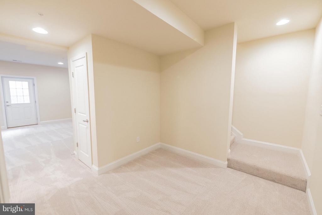 Finished Basement with exterior door - 2020 CONLEY CT, SILVER SPRING
