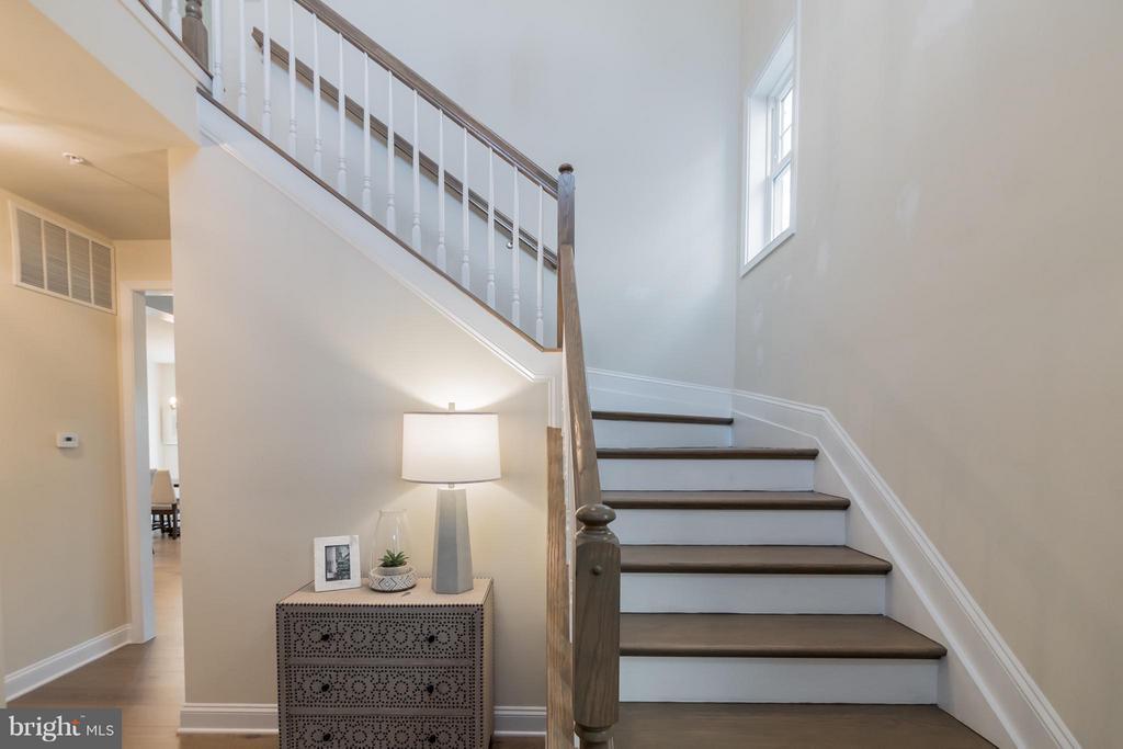 Foyer - 2020 CONLEY CT, SILVER SPRING