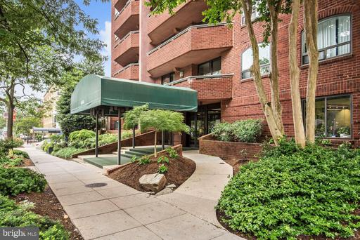 4444 CONNECTICUT AVE NW #205