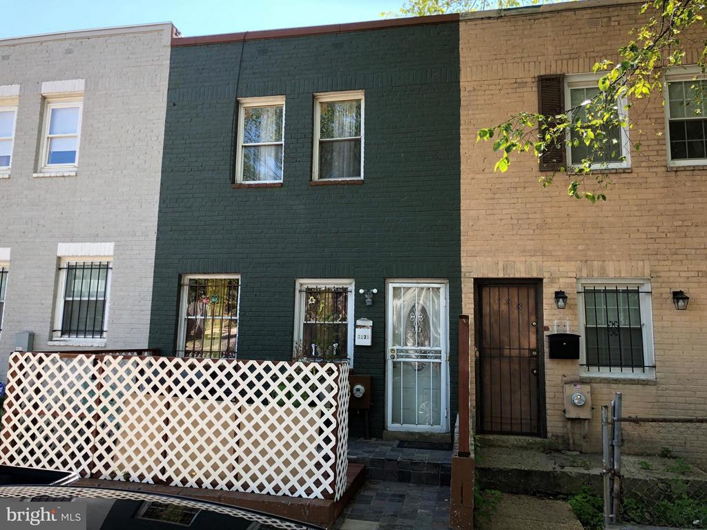 Exterior (Front) - 1235 16TH ST NE, WASHINGTON