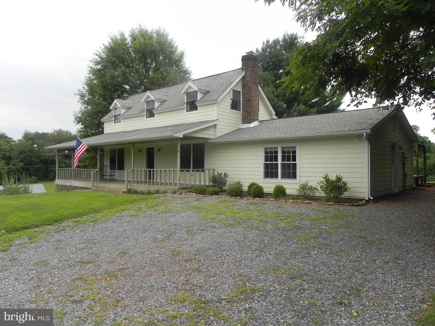 Other Residential for Rent at 3888 Cobbler Mountain Rd Delaplane, Virginia 20144 United States