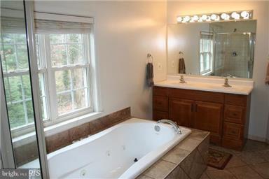 Bath (Master) - 10409 COLESVILLE RD, SILVER SPRING