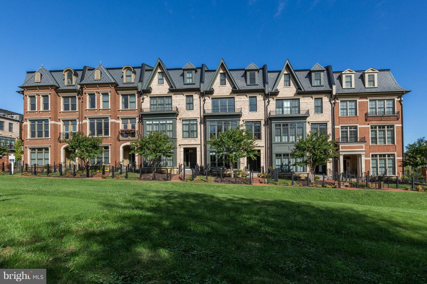 Single Family for Sale at 10819 Symphony Park Dr North Bethesda, Maryland 20852 United States