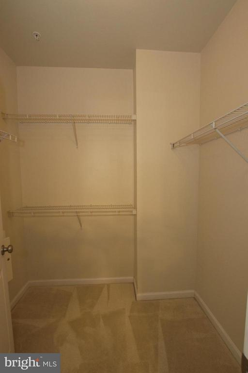 Walk in closet - 12925 CENTRE PARK CIR #301, HERNDON