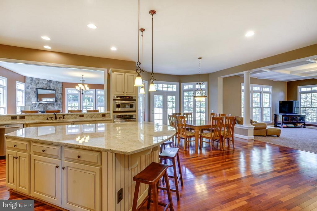 Open Floor Plan - 27563 EQUINE CT, CHANTILLY