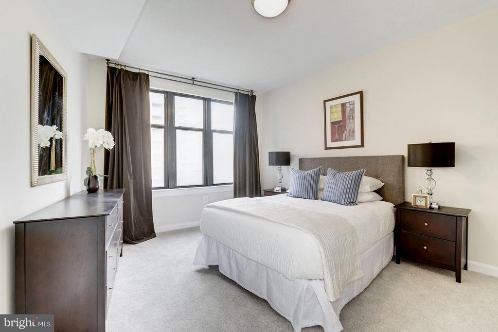 Bedroom (1 of 2) - 400 MASSACHUSETTS AVE NW #415, WASHINGTON