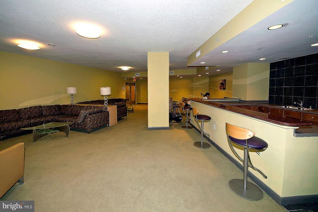 Community Room (2 of 2) - 400 MASSACHUSETTS AVE NW #415, WASHINGTON
