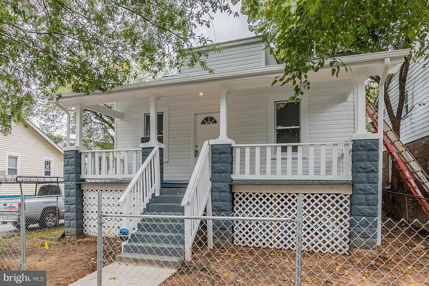 Single Family for Sale at 3704 34th St Mount Rainier, Maryland 20712 United States